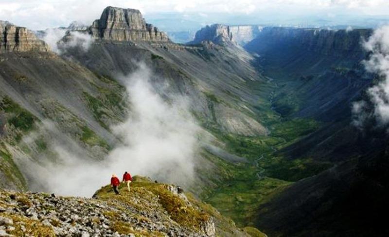 Долина безголовых в Канаде