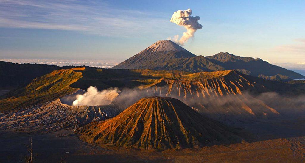 Как появляются вулканы