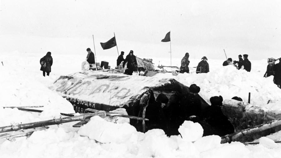 Папанинцы - путешествие на льдине от Северного полюса до Гренландии