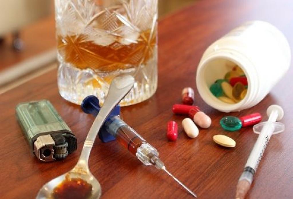 Наркотики и алкоголь убивают медленно, но неизбежно