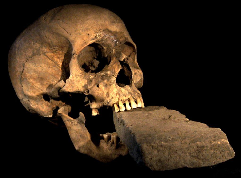 Археологи нашли древнее захоронение в Швеции
