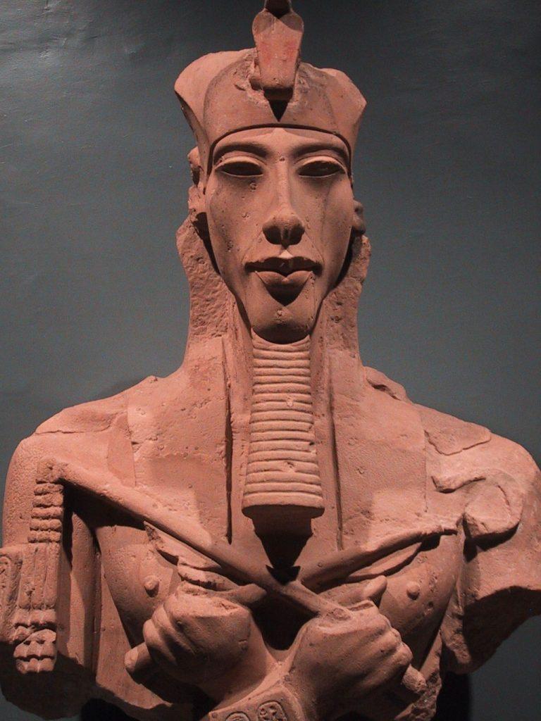 Эхнатон - стремление к единому богу