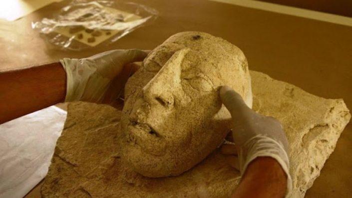 Маска правителя майя