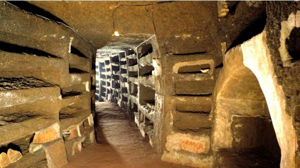 Погребальные катакомбы Рима