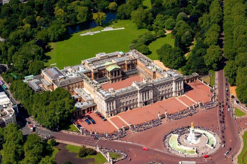 Букингемский дворец - резиденция британских монархов