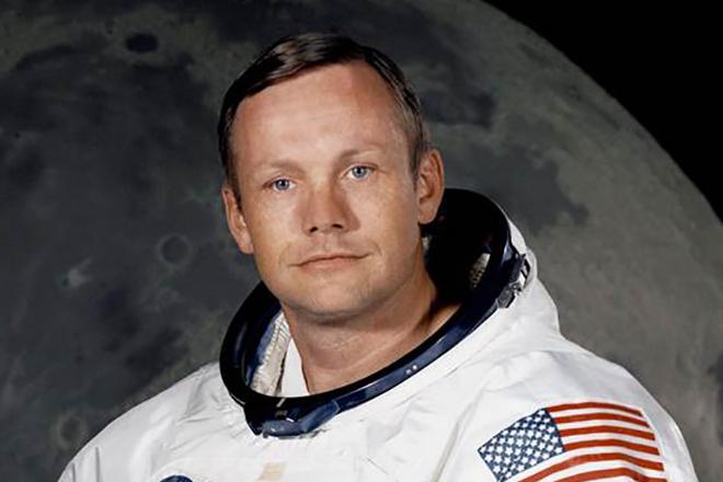 Нил Армстронг - инопланетянин?