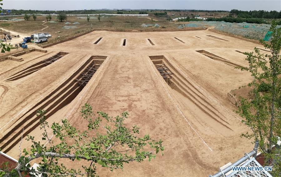 Археологи обнаружили древние гробницы китайских варваров