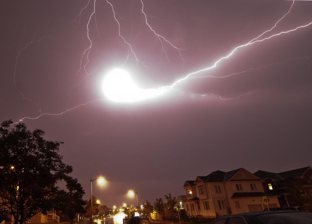 Шаровая молния - загадки природного явления