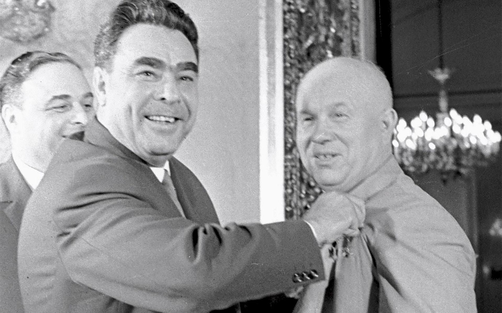 Заговор против Хрущева - как свергали «Кукурузника»