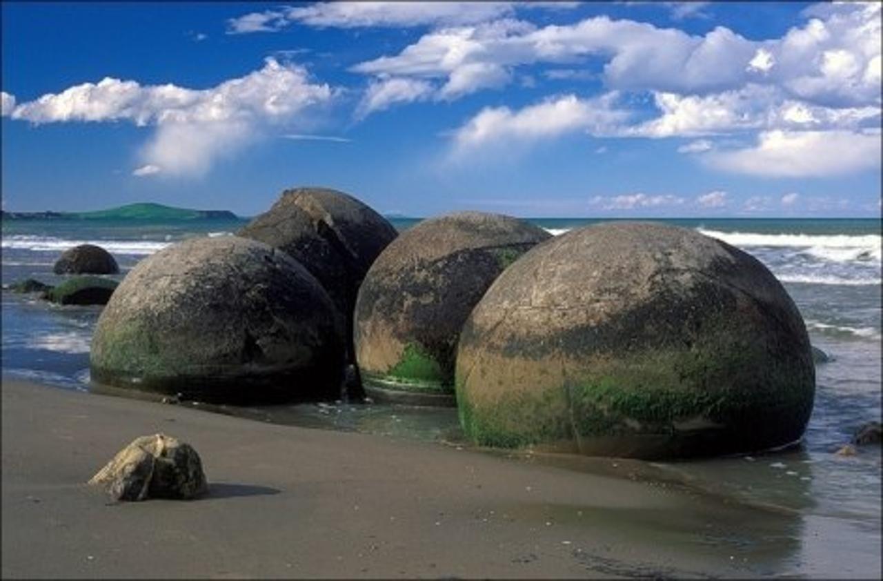 Загадка каменных шаров