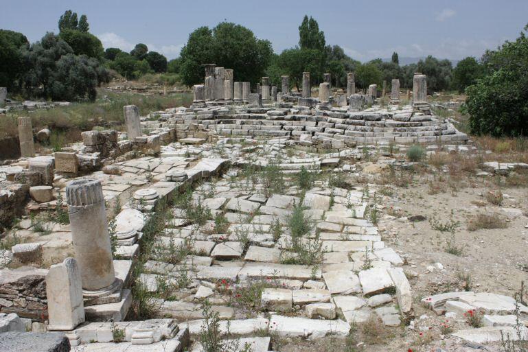 Дорога к храму Гекаты