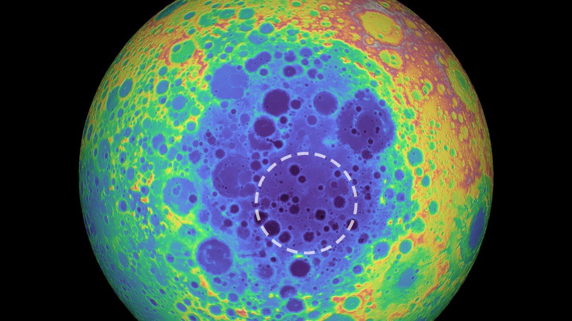 Луна - корабль пришельцев?