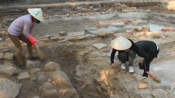 Во Вьетнаме найден оружейный склад возрастом 9000 лет