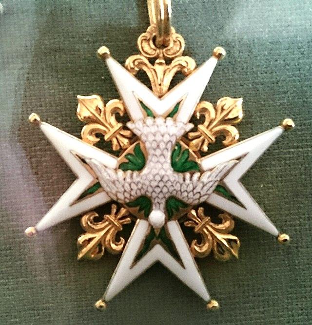 Орден Святого Духа: владелец этого креста ежегодно получал от короля 2,5 кг золота