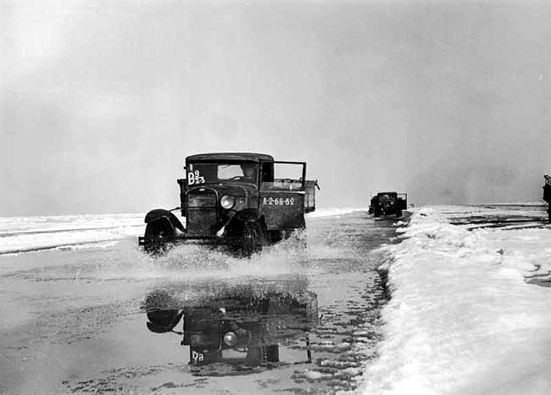 «Дорога жизни»: мифы и правда о легендарной ледовой трассе