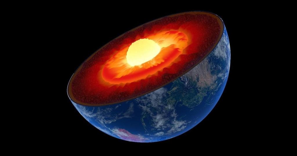 Что происходит в ядре нашей планеты? Попробуем разобраться...