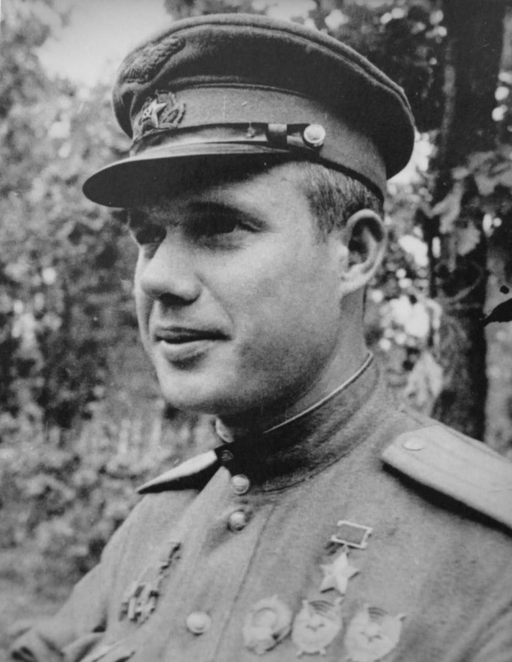 Ас штурмовой авиации, дважды Герой Советского Союза Виктор Максимович Голубев