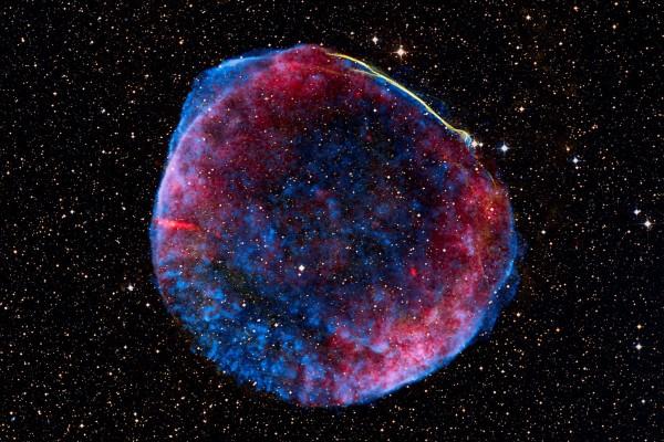 wpid-Udivitelnyiy-snimok-tyisyacheletney-sverhnovoy-zvezdyi-3-foto-0