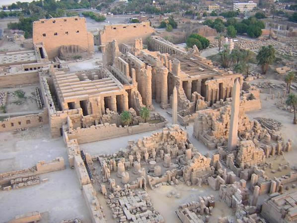 Храм Амона-Ра в Луксоре