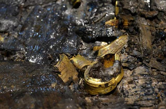 Могила, полная золота. Китайские археологи вскрыли древнее захоронение
