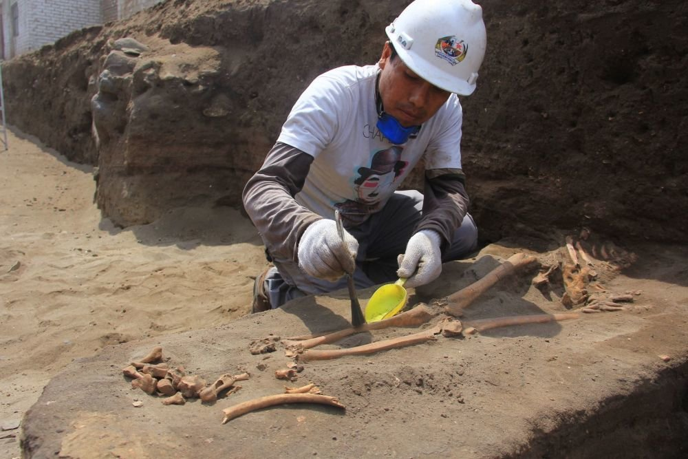 Археологи обнаружили древнейшие захоронения в Перу