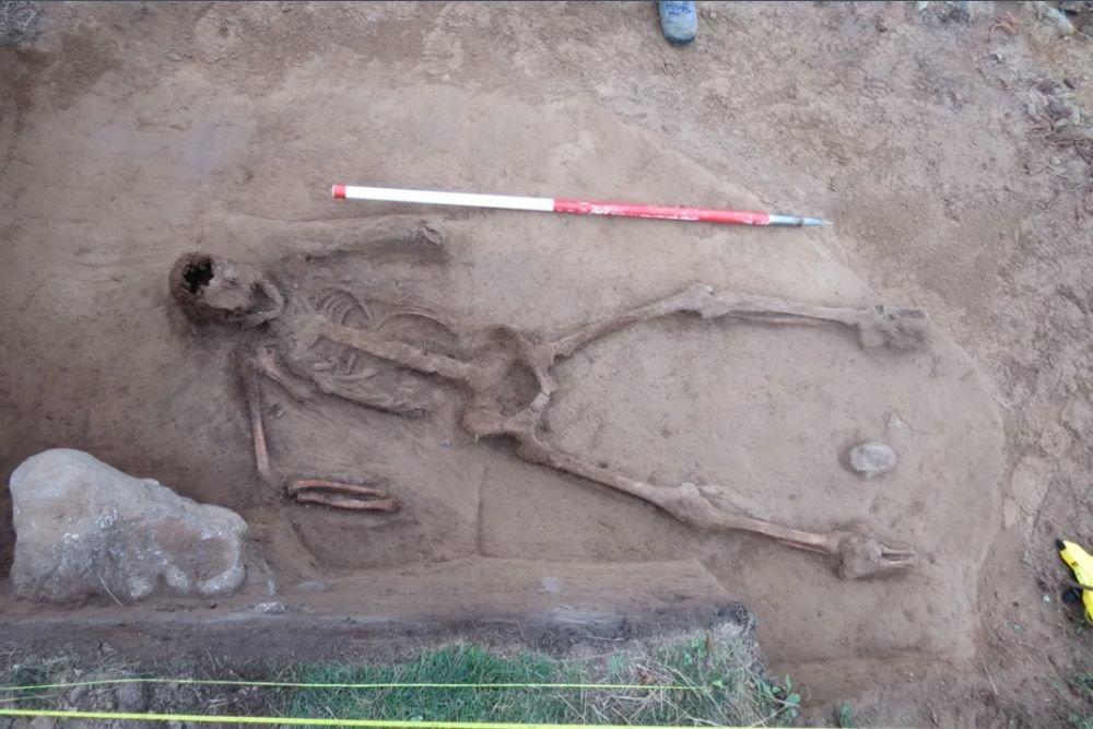 Британские археологи нашли скелет циклопа