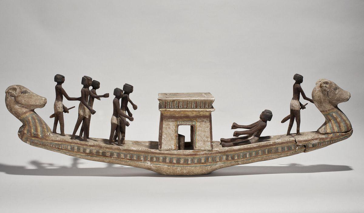 Погребальная ладья Тутанхамона