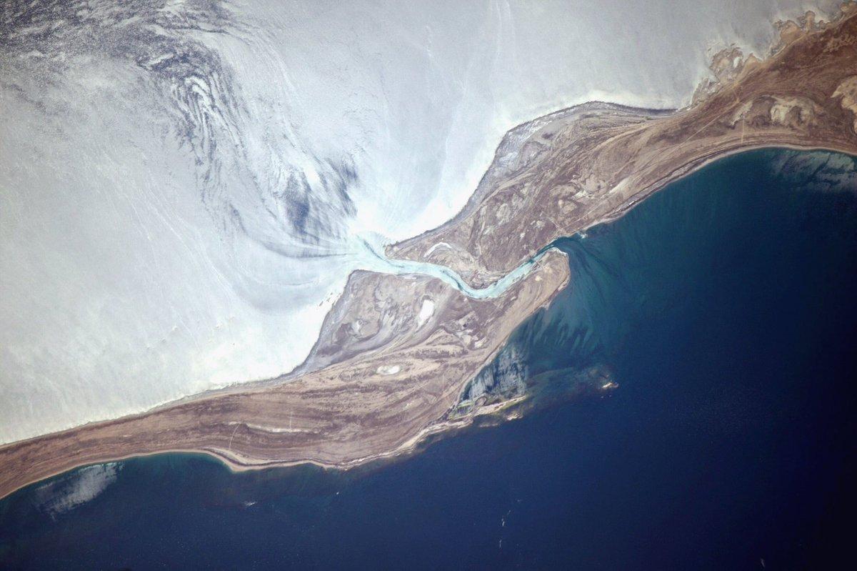 Кара-Богаз-Гол: озеро черной глотки