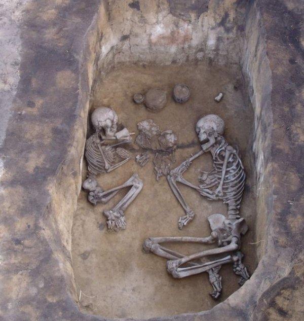 Найдено древнее захоронение сибирских язычников