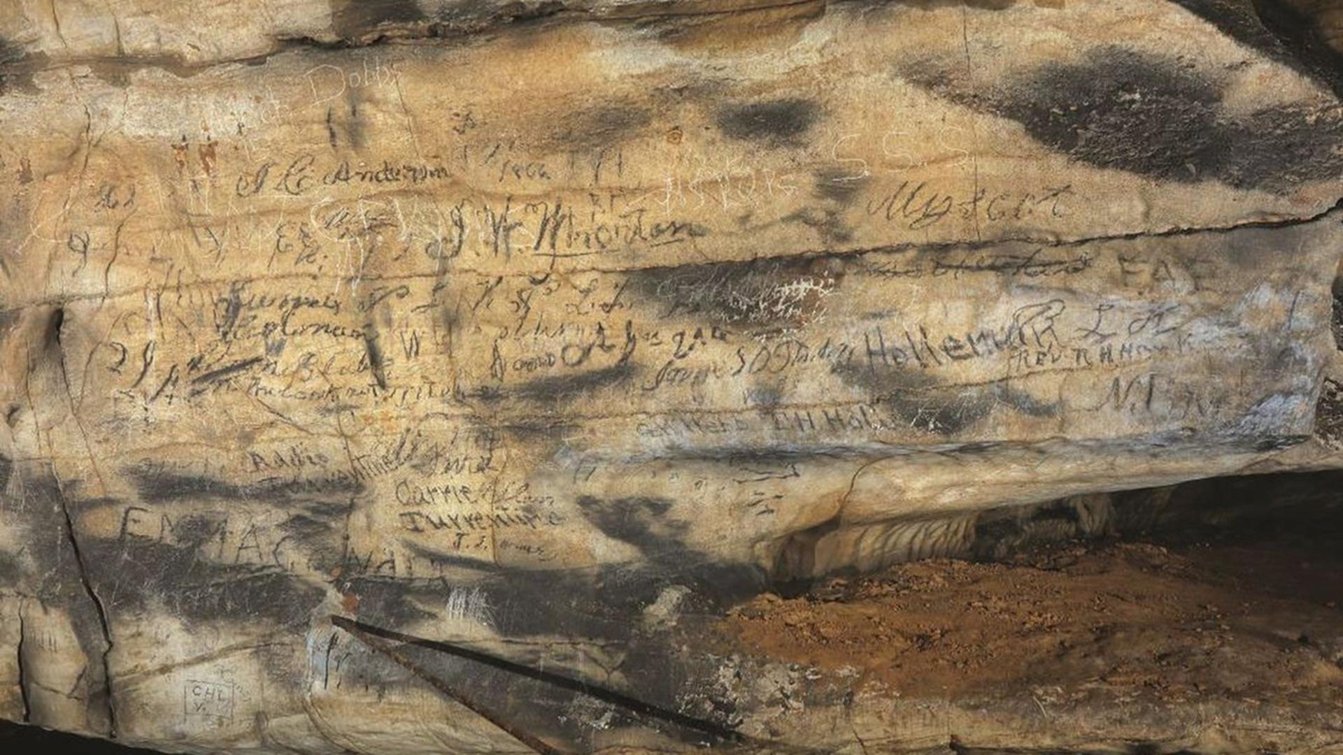 Ритуальные надписи индейцев племени чероки
