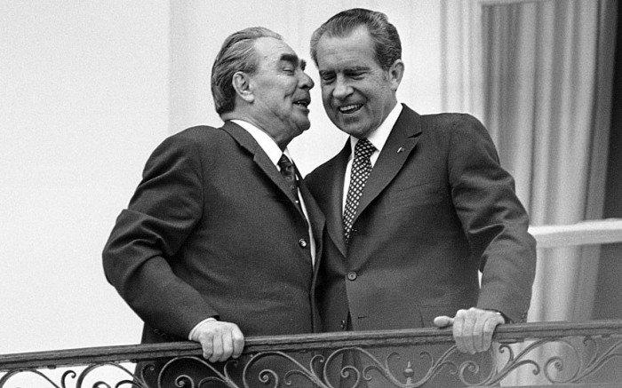 40 лет без ядерной гонки - как Брежнев договорился с пиндосами?
