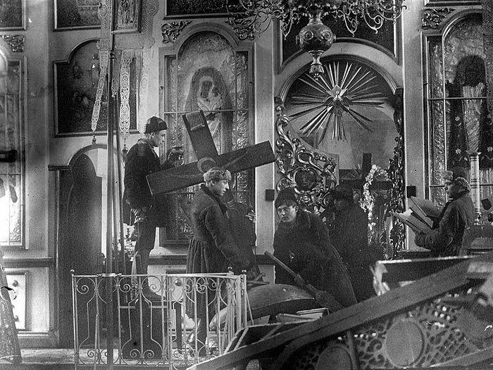 Война с православием: как большевики искореняли религию