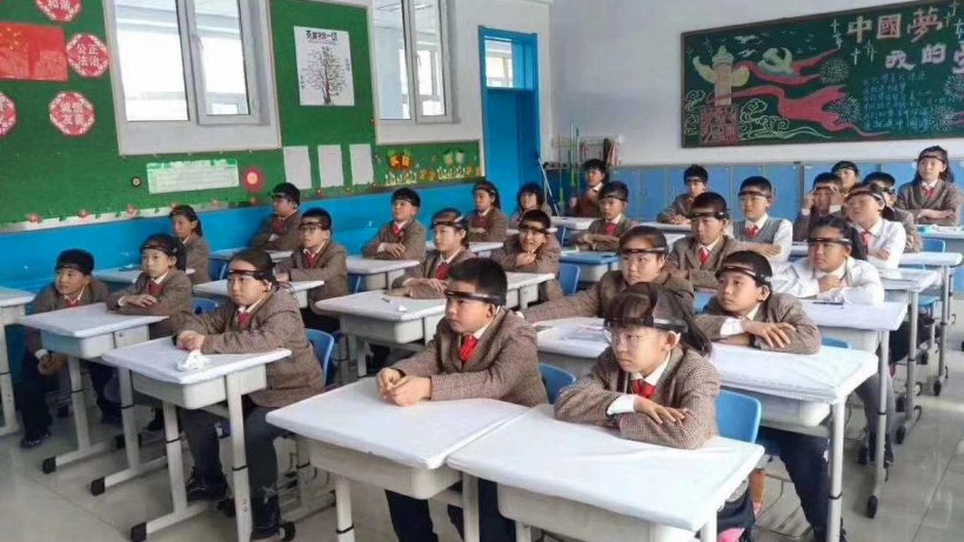 Тотальный контроль в Поднебесной: как китайским школьникам влазят в голову