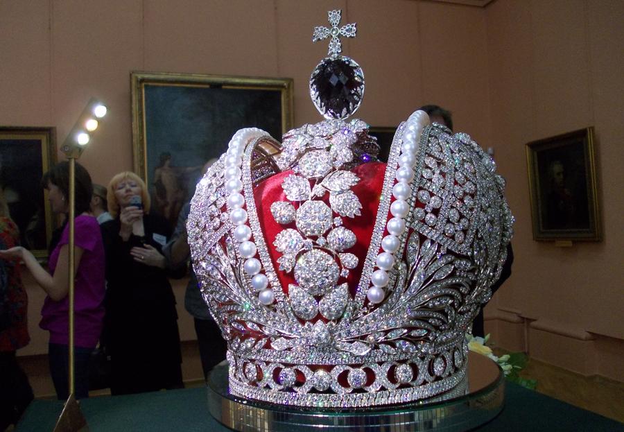 Корона Российской империи - Ленин продал, Сталин вернул