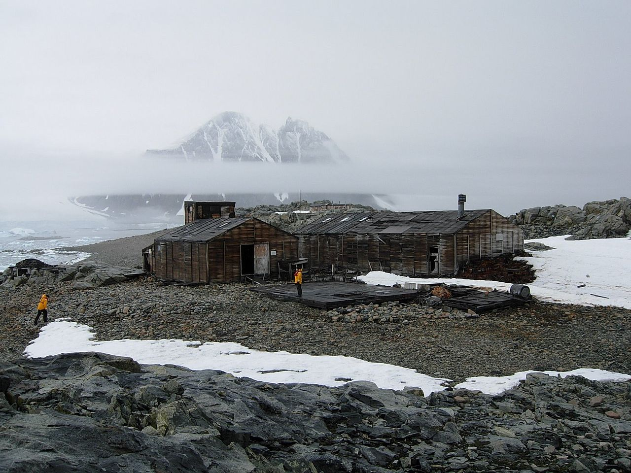 Антарктида: тайны заброшенных станций