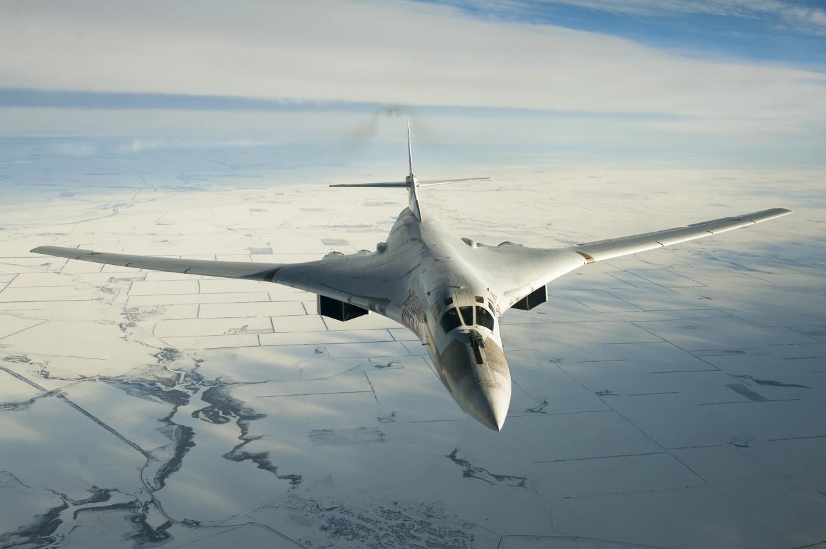 «Белый лебедь» - лучший стратегический ракетоносец в мире