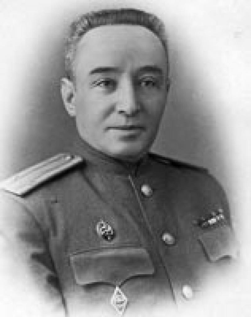 Любимец женщин и гениальный разведчик - майор госбезопасности Федор Парпаров