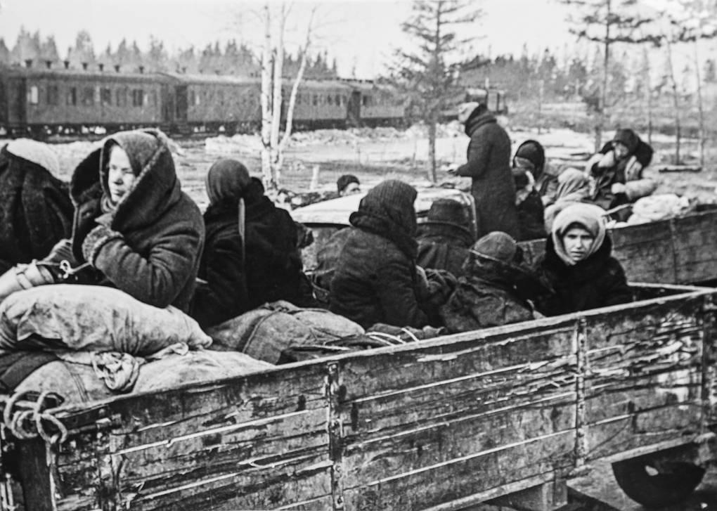 Блокада Ленинграда: усиленное питание в стационарах и эвакуация мирного населения