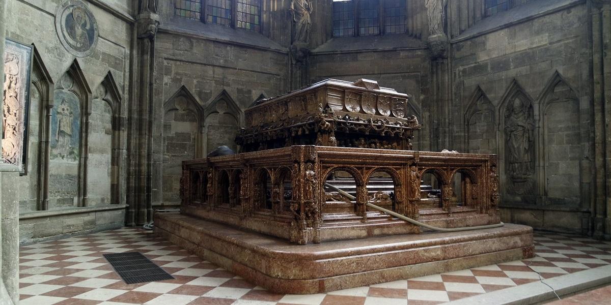 Ученые заглянули в гробницу императора Римской империи