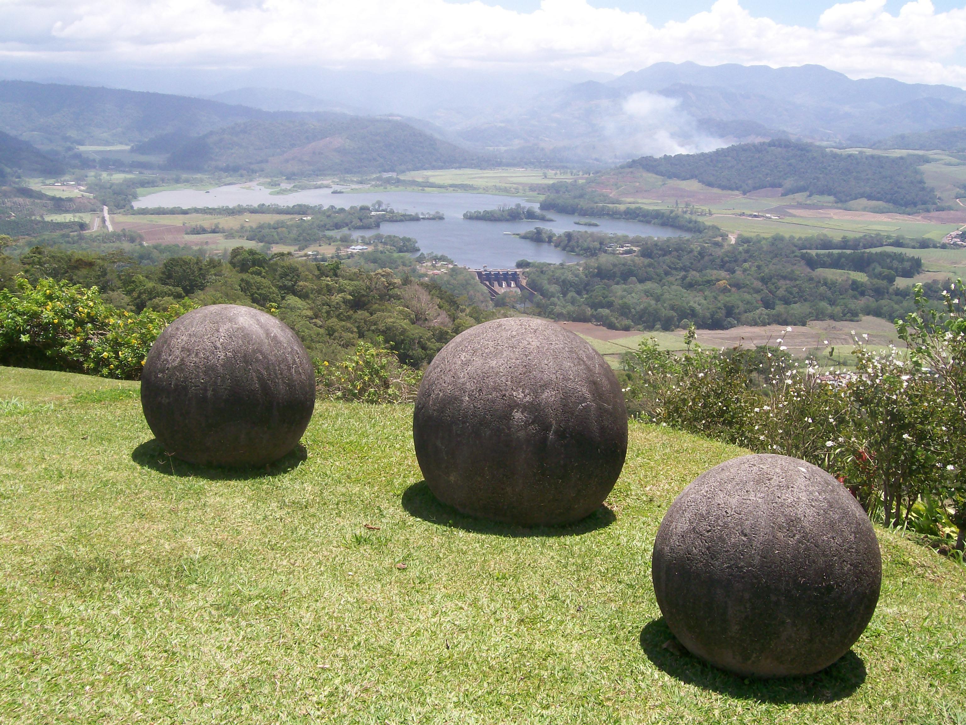 Каменные шары в Коста-Рике: для чего они служили?