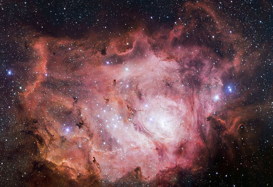 Новый взгляд на туманность М8 «Лагуна»