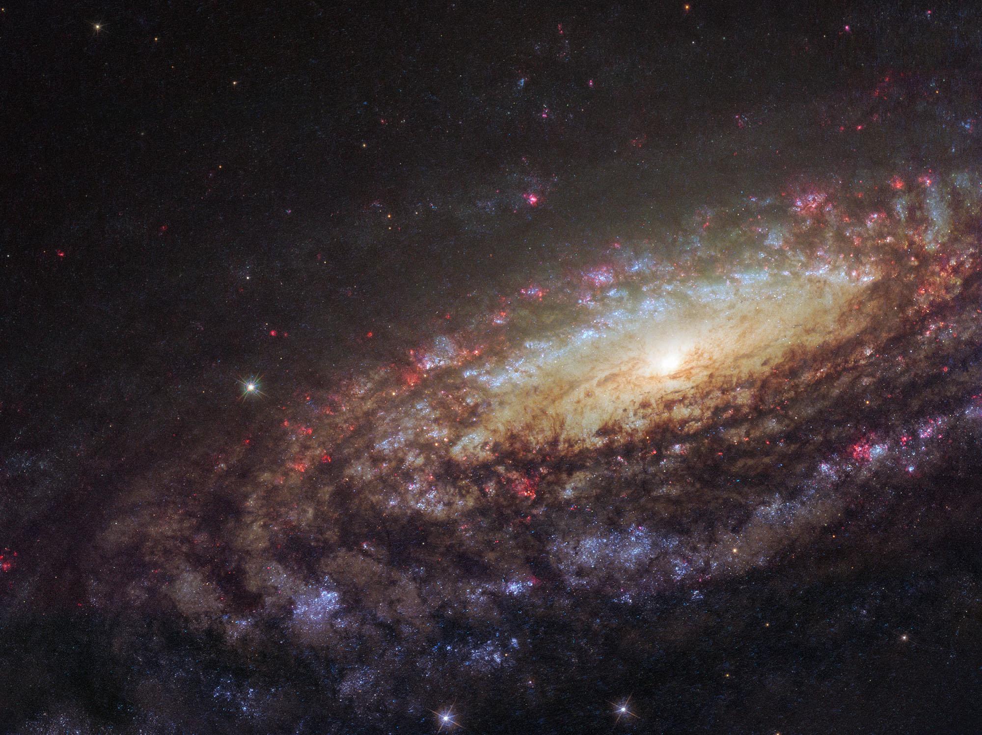 Hubble сфотографировал «двойника» Млечного Пути