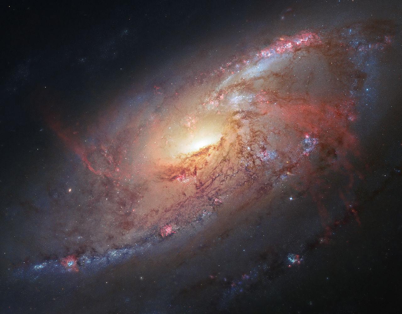 Галактика M106 с беспрецедентными деталями