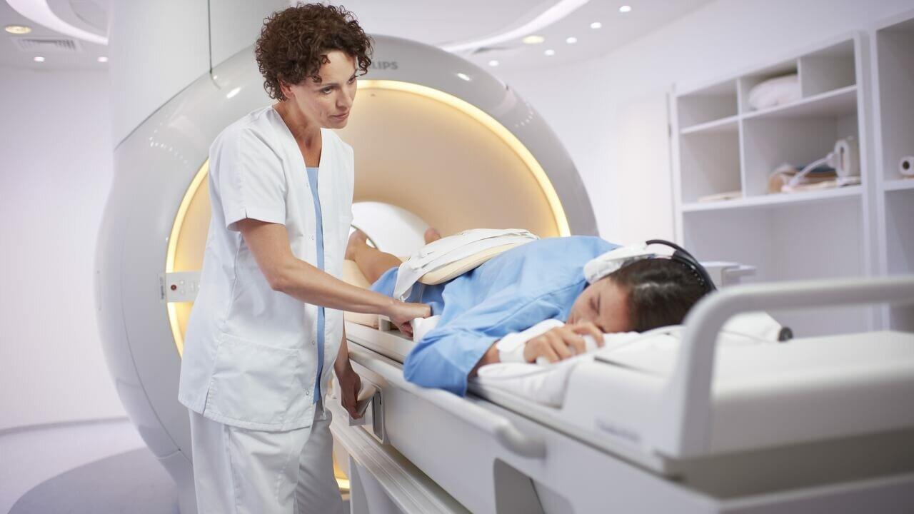 Когда делают МРТ мягких тканей ягодичной области?
