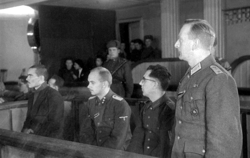 Советские открытые процессы над нацистскими преступниками