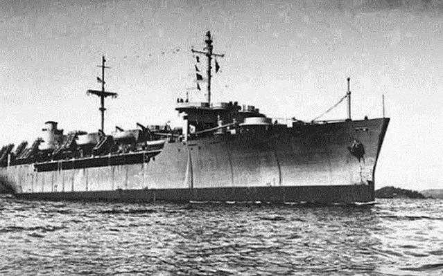 История корабля-призрака «Уранг Медан». Версии произошедшего