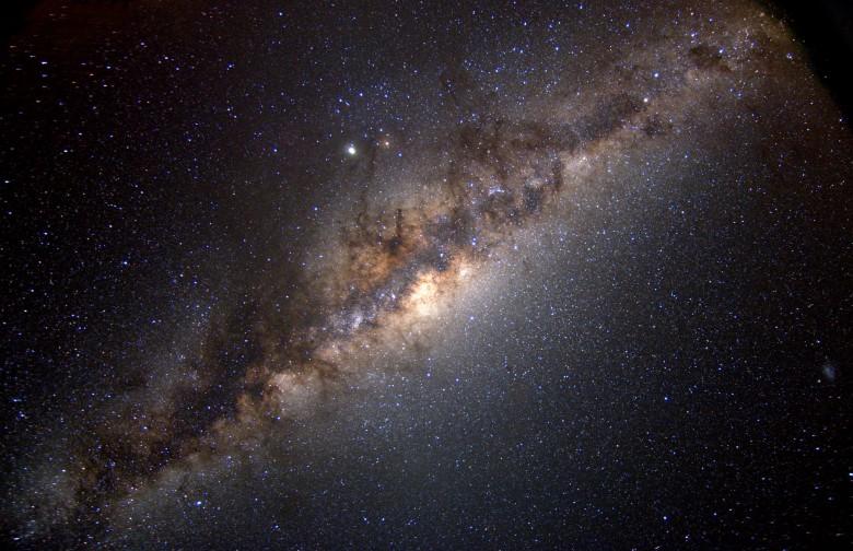 Новые признаки темной материи