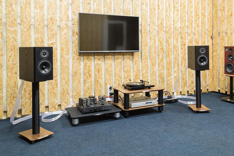 Главное, что нужно знать о стойках для акустических систем