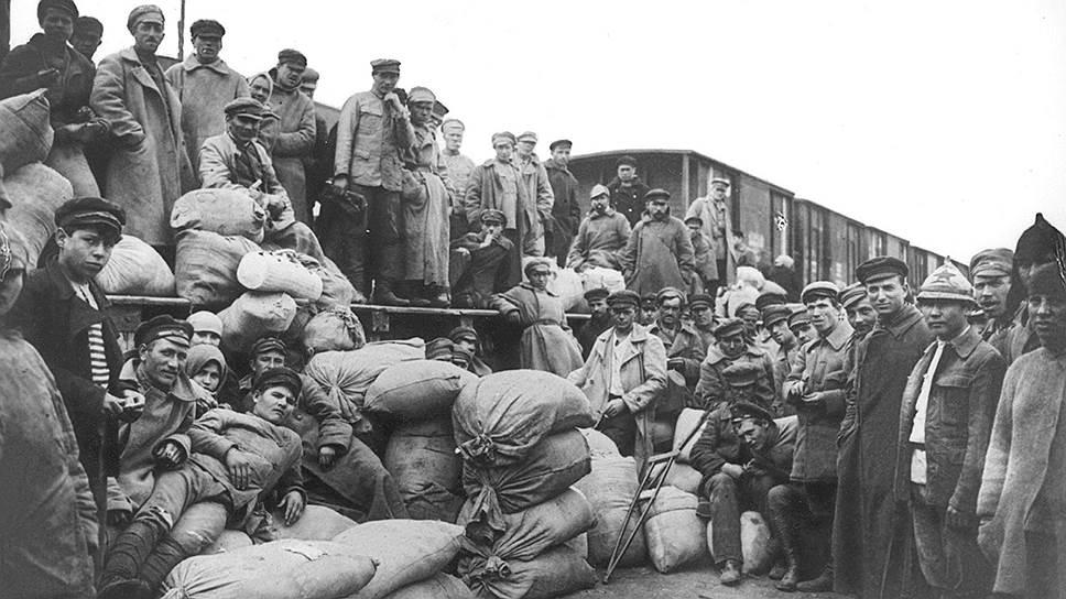 Как «мешочники» спасли от голода Советскую Россию
