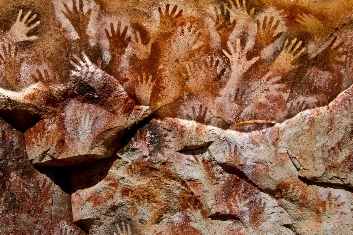 Руки индейцев майя